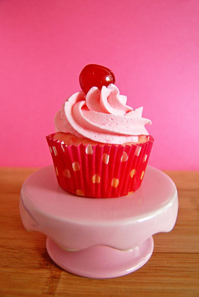 Cherry Chip Cupcakes | Culinary Cool