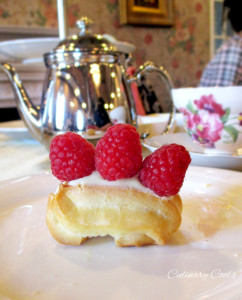 High Tea Eclair