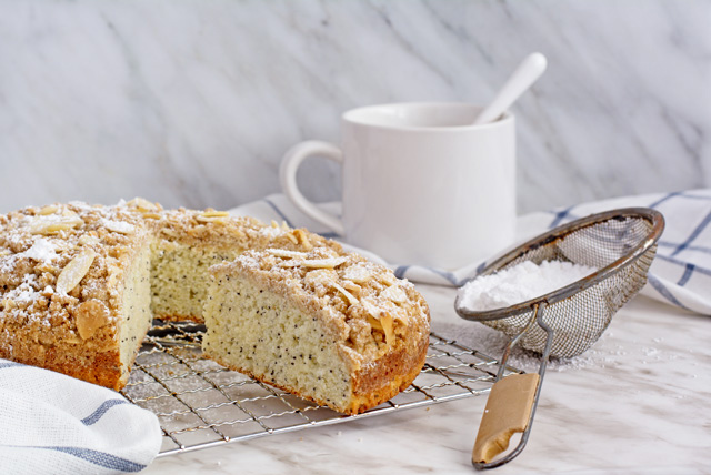 Lemon Poppy Seed Coffee Cake | Culinary Cool www.culinary-cool.com