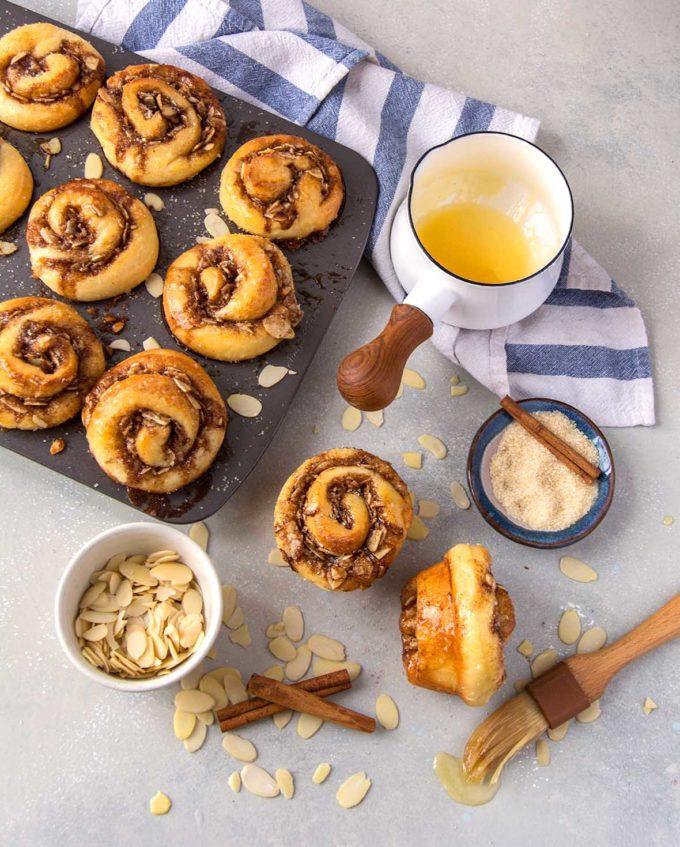 Almond Morning Buns | Culinary Cool www.culinary-cool.com