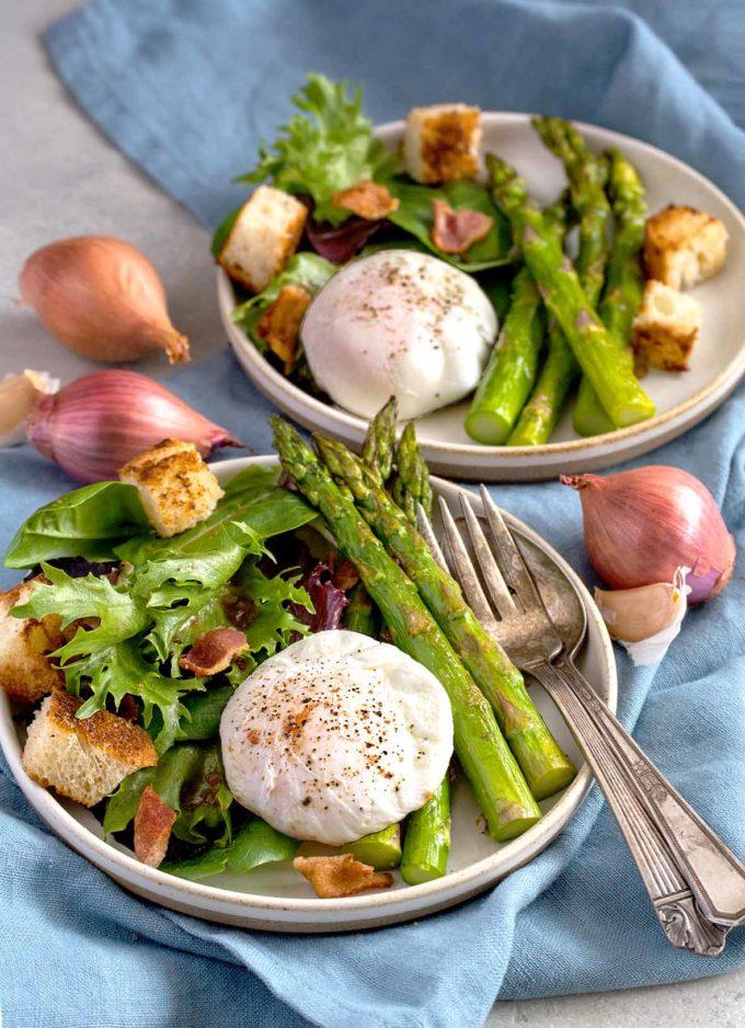 Asparagus Lyonnaise Salad | Culinary Cool | www.culinary-cool.com