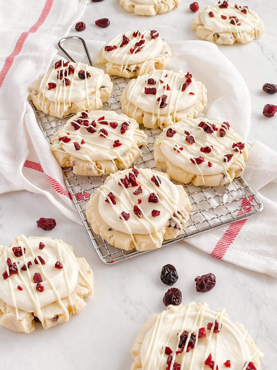 Cranberry Bliss Cookies - the cookie version of the popular coffee shop bars | Culinary Cool www.culinary-cool.com